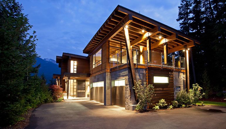 Compass-Point-Residence-in-Whistler-01