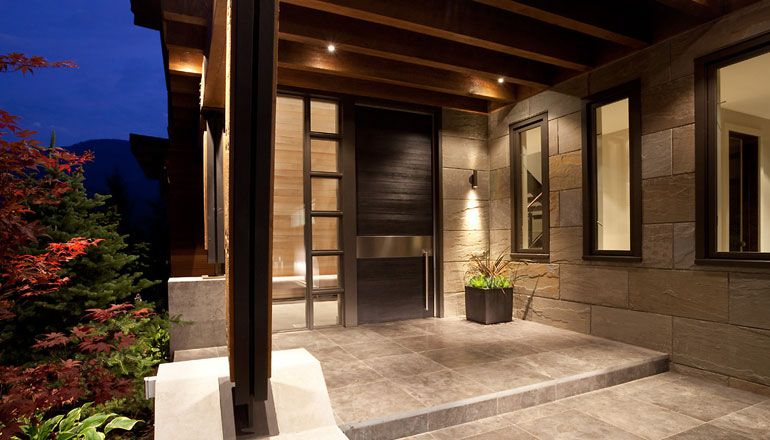 Compass-Point-Residence-in-Whistler-02-2