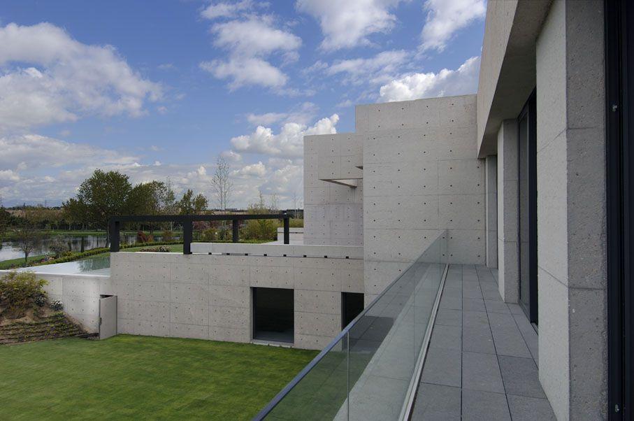 Concrete-House-04-4