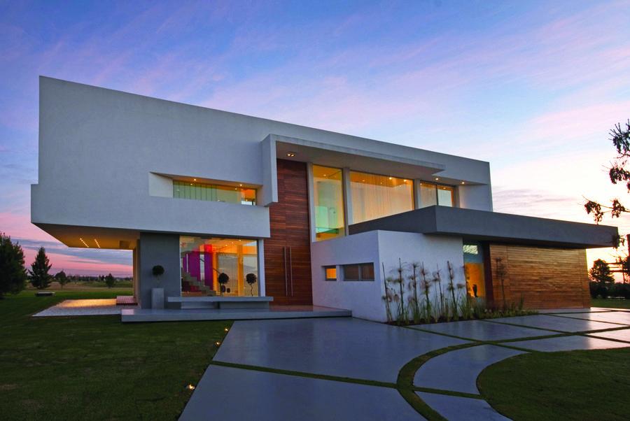 Concrete House by Vanguarda Architects