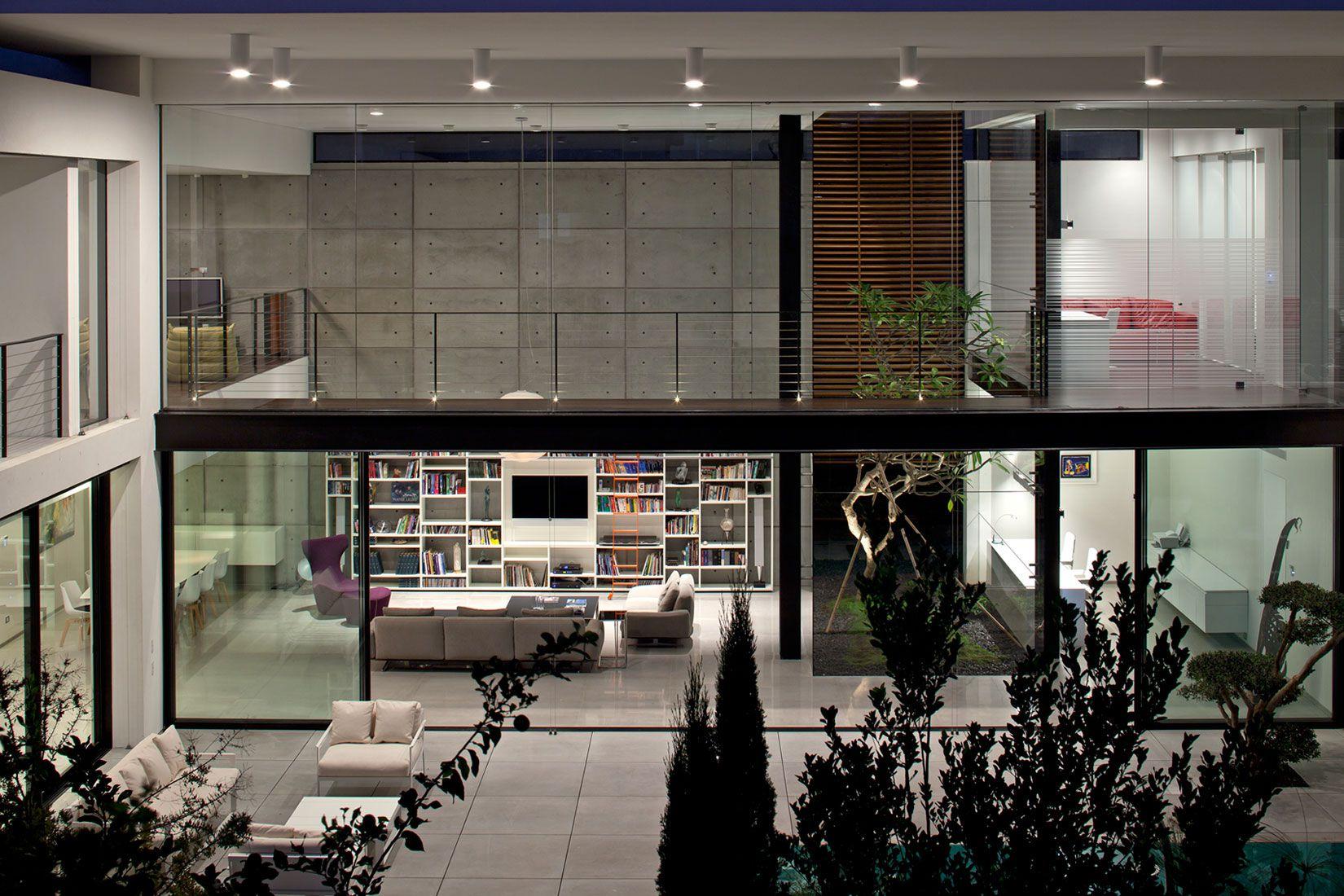 Contemporary-Bauhaus-on-the-Carmel-07