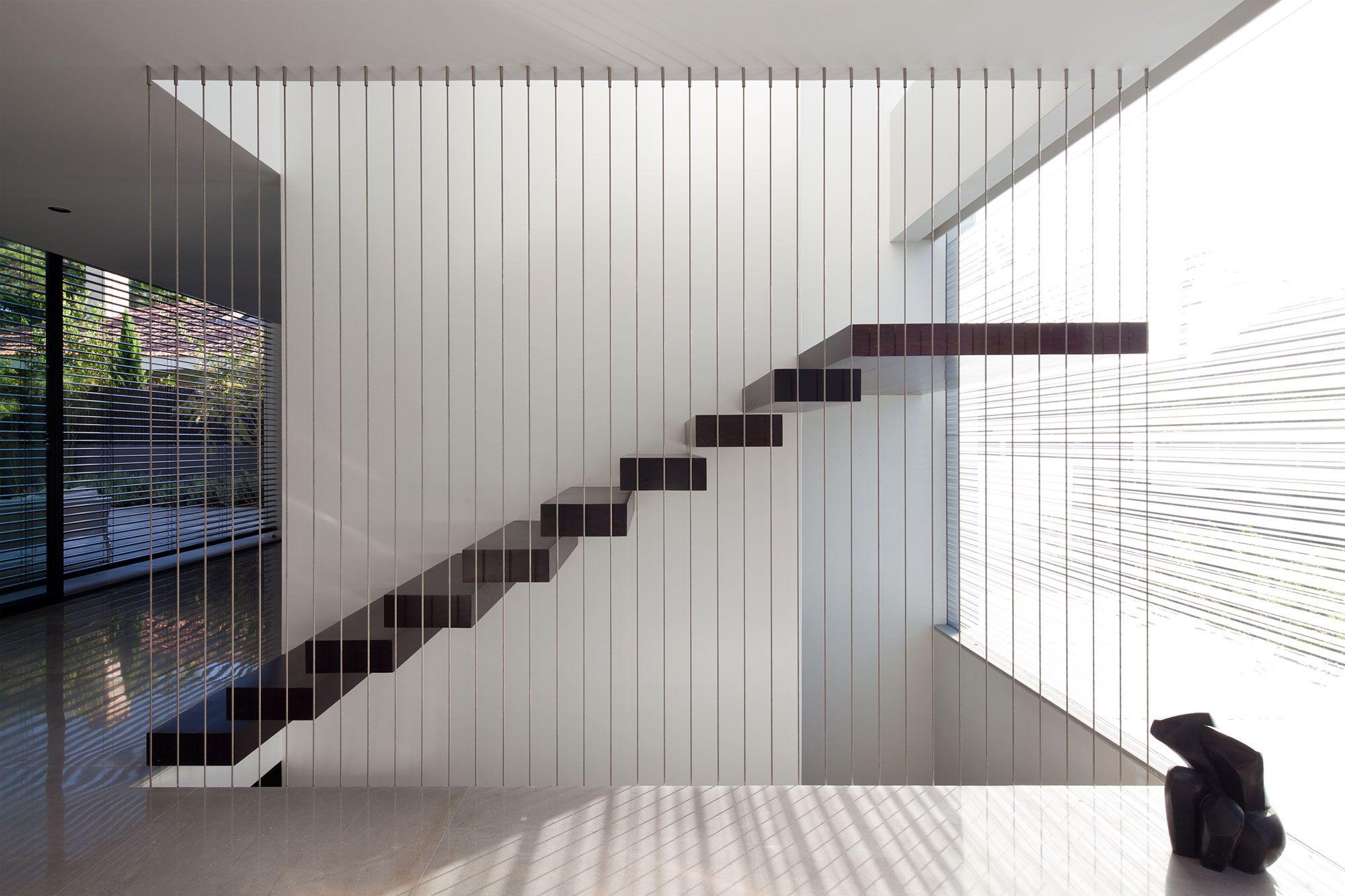 Contemporary-Bauhaus-on-the-Carmel-09