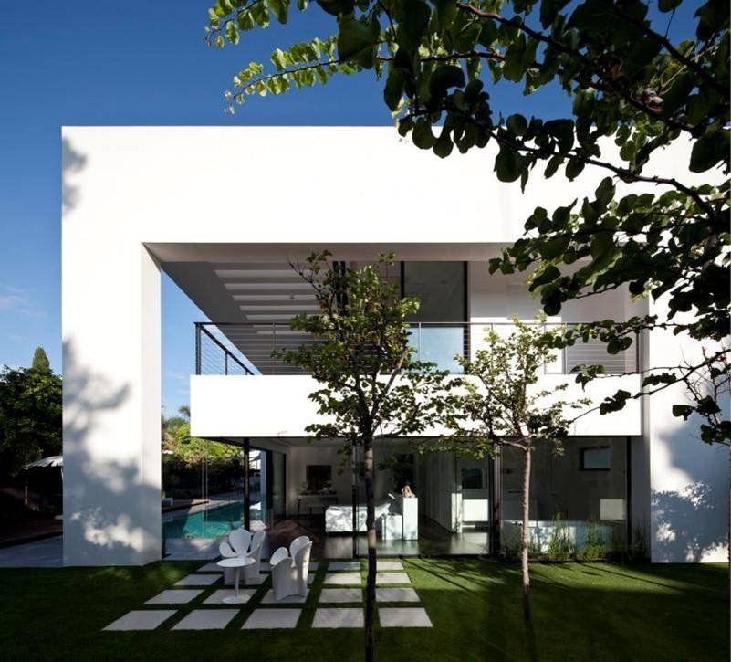 Contemporary-Bauhaus-on-the-Carmel-13