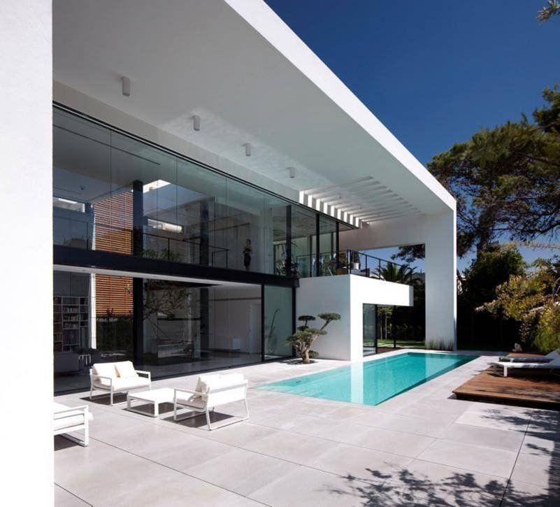 Contemporary-Bauhaus-on-the-Carmel-14