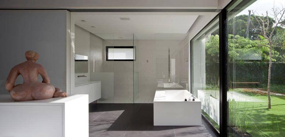 Contemporary-Bauhaus-on-the-Carmel-19