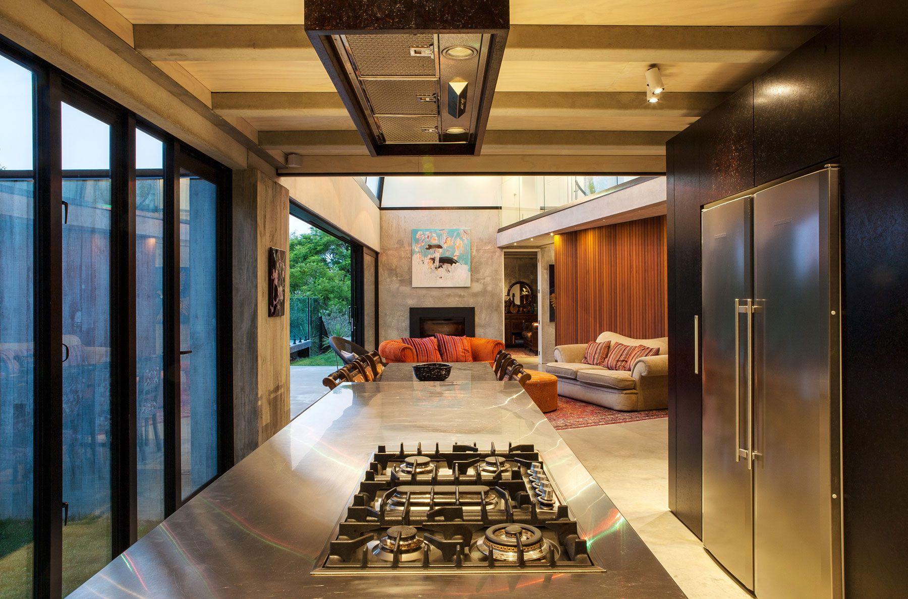 Contemporary-Elizabeth-Street-Residence-10