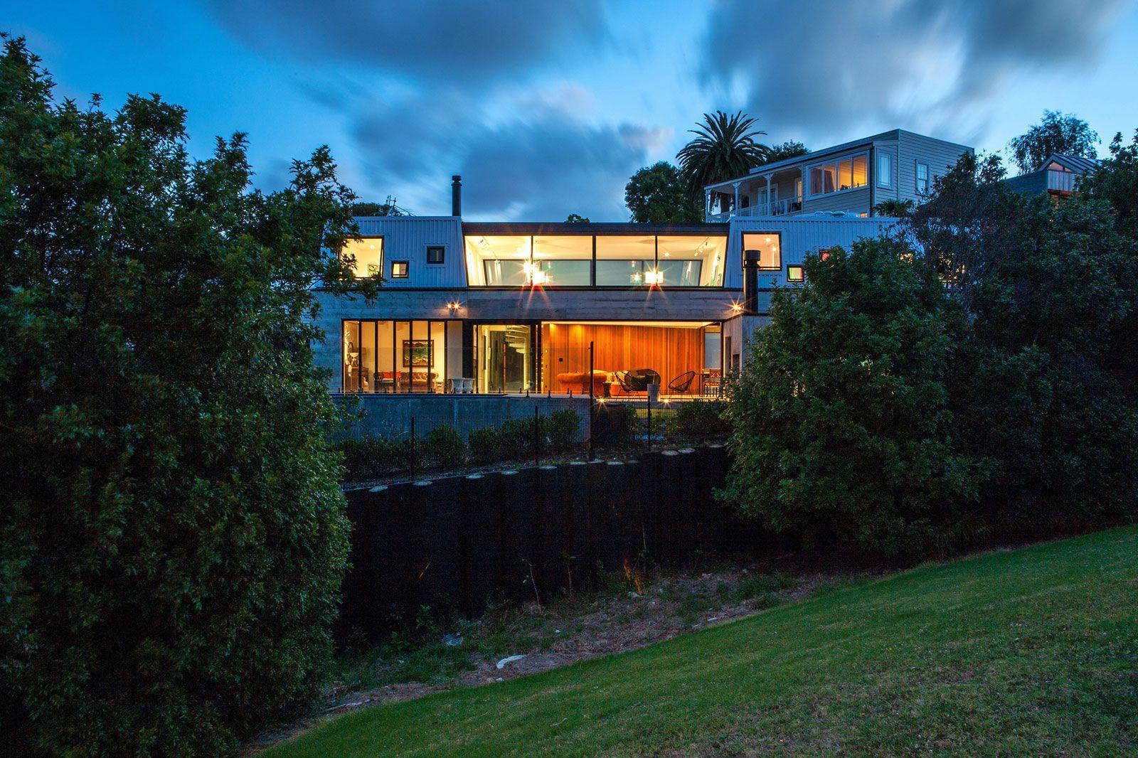 Contemporary-Elizabeth-Street-Residence-21