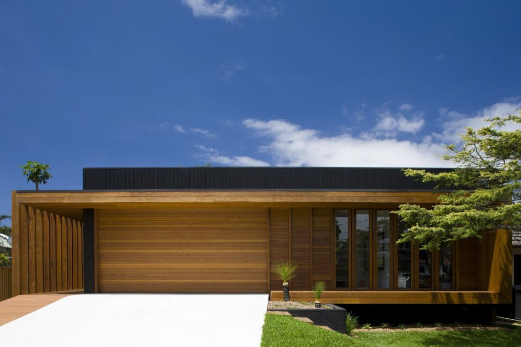 Contemporary Narrabeen House by Choi Ropiha Fighera