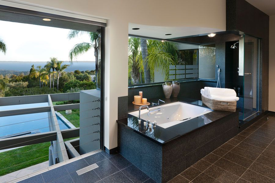 Contemporary-Whitehead-Bay-Residence-12