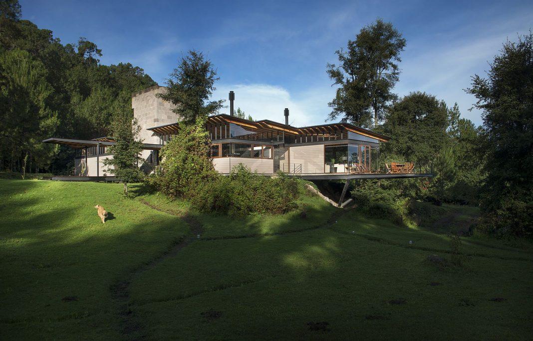 Casa Sas-Sen designed by Alejandro Sanchez Garcia Arquitectos