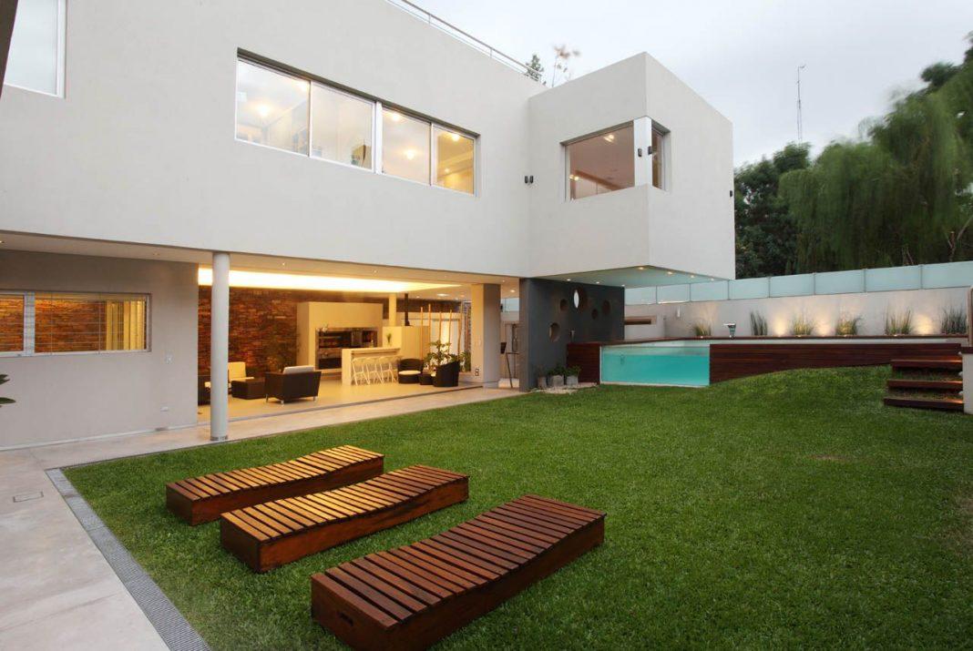 Casa Devoto by Andres Remy Arquitectos