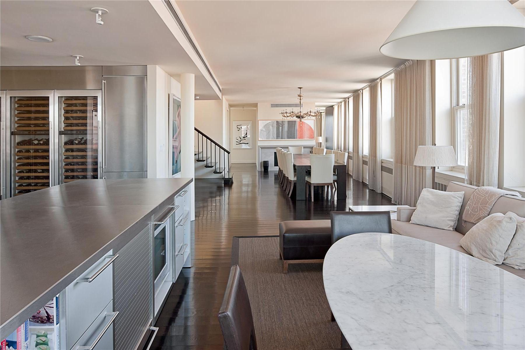 Two Story Penthouse With Stunning Roof Terraces And