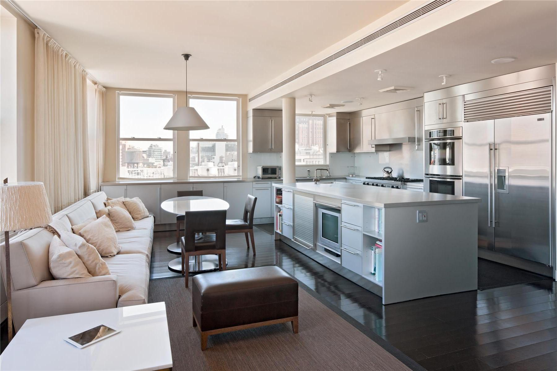 two story penthouse with stunning roof terraces and swimming pool