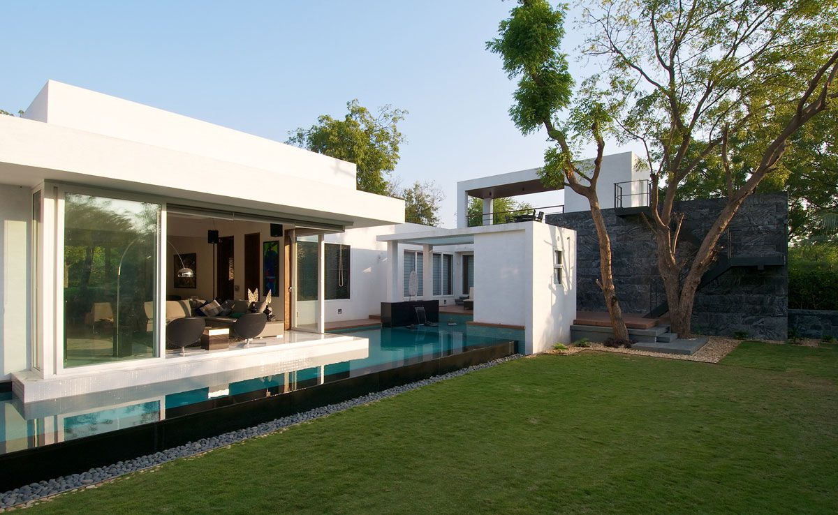 Dinesh-Mills-Bungalow-01-0