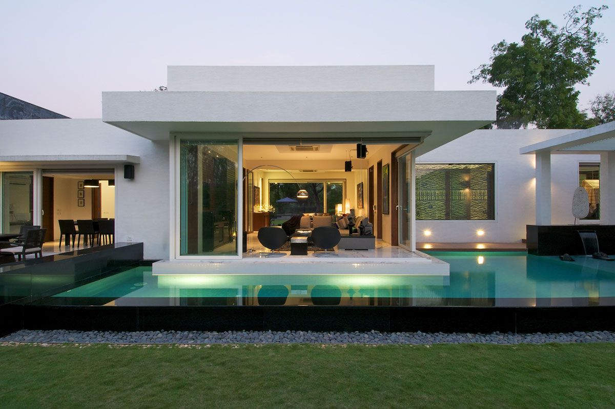 Dinesh-Mills-Bungalow-01