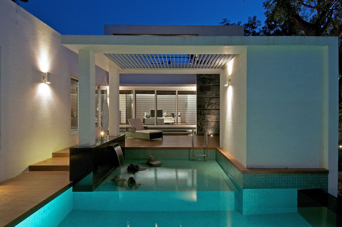 Dinesh-Mills-Bungalow-02-1