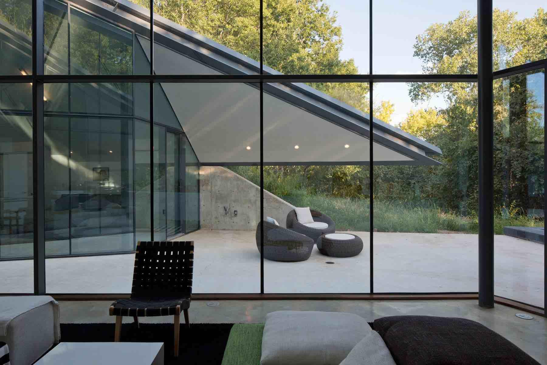 Edgeland-House-11