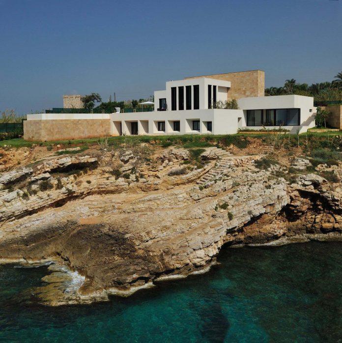 Fidar Beach House by Raed Abillama Architects