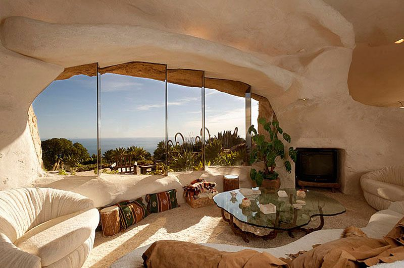 Flintstones-Style-Malibu-Retreat-04