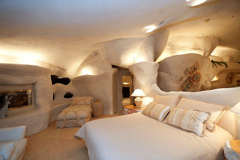 Flintstones-Style-Malibu-Retreat-12