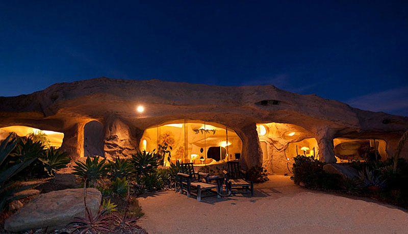 Flintstones-Style-Malibu-Retreat-15
