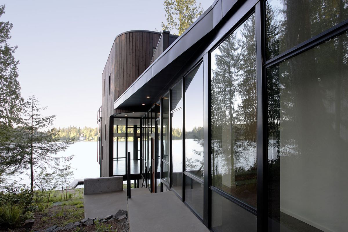 Flowing-Lake-Residence-04