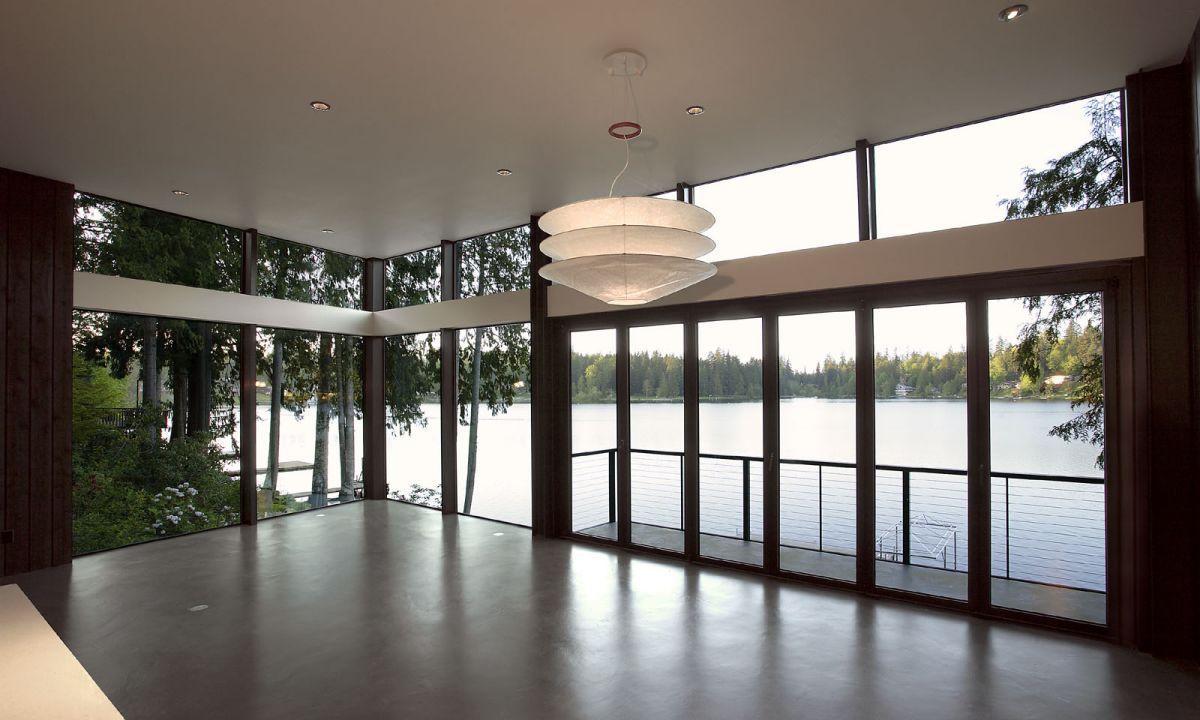 Flowing-Lake-Residence-11