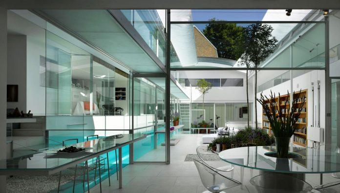 Gayton Road Residence by Richard Paxton