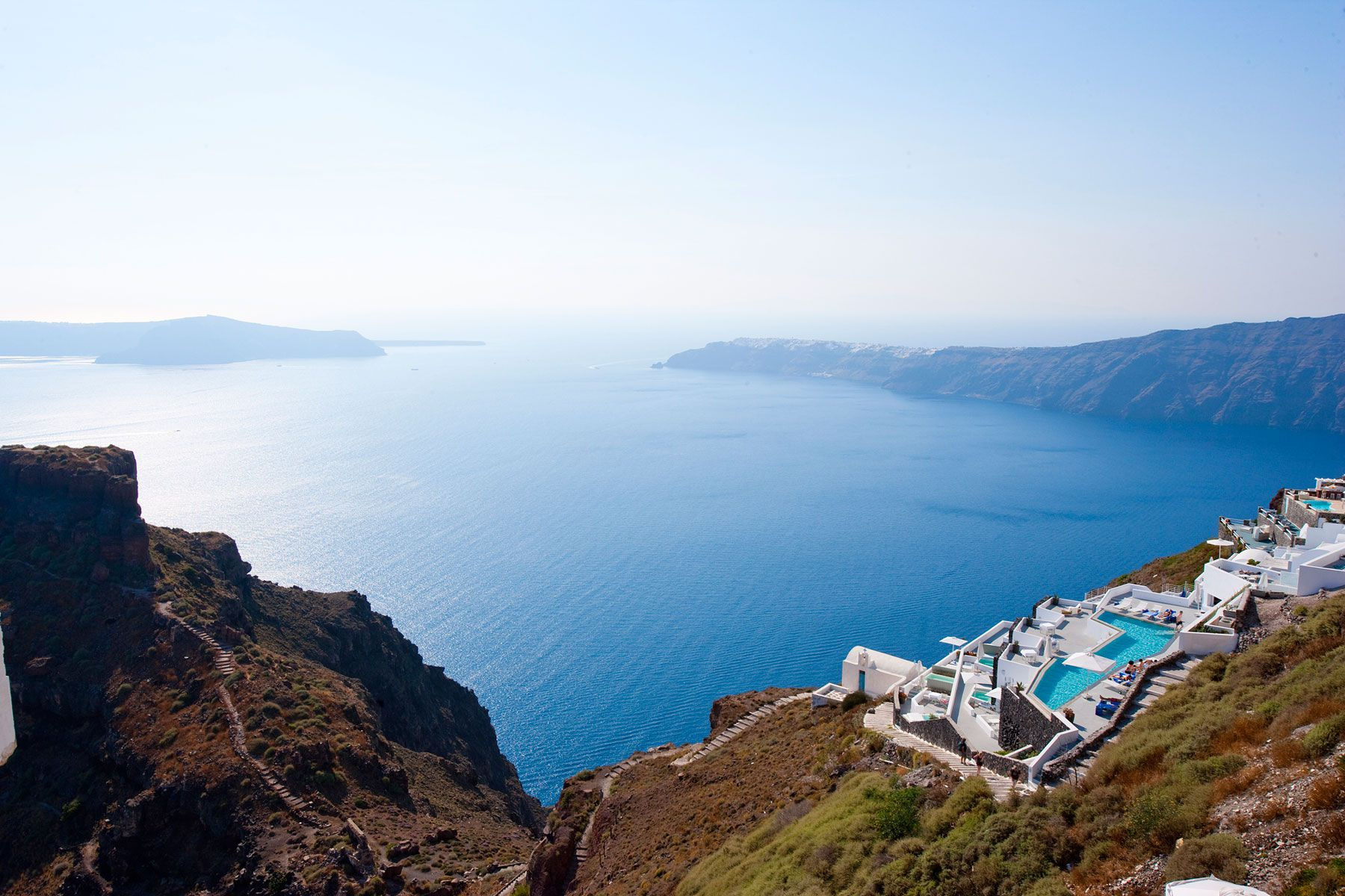 Grace-Santorini-Hotel-00