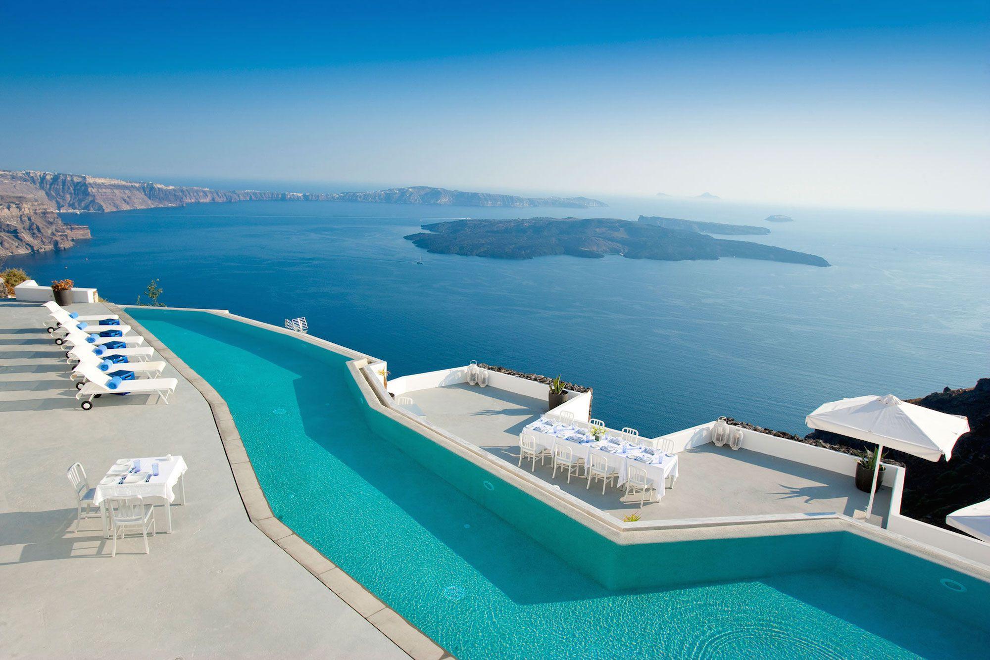 Grace-Santorini-Hotel-01