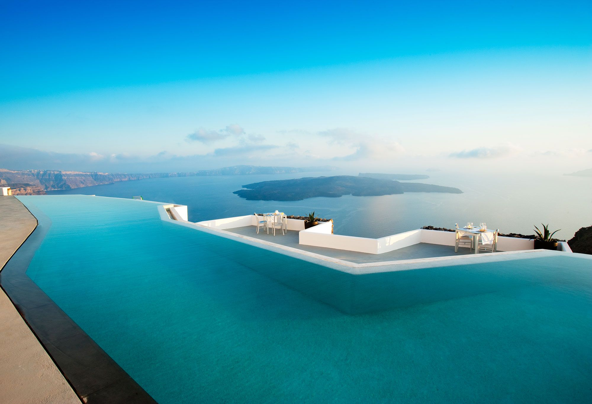 Grace-Santorini-Hotel-03