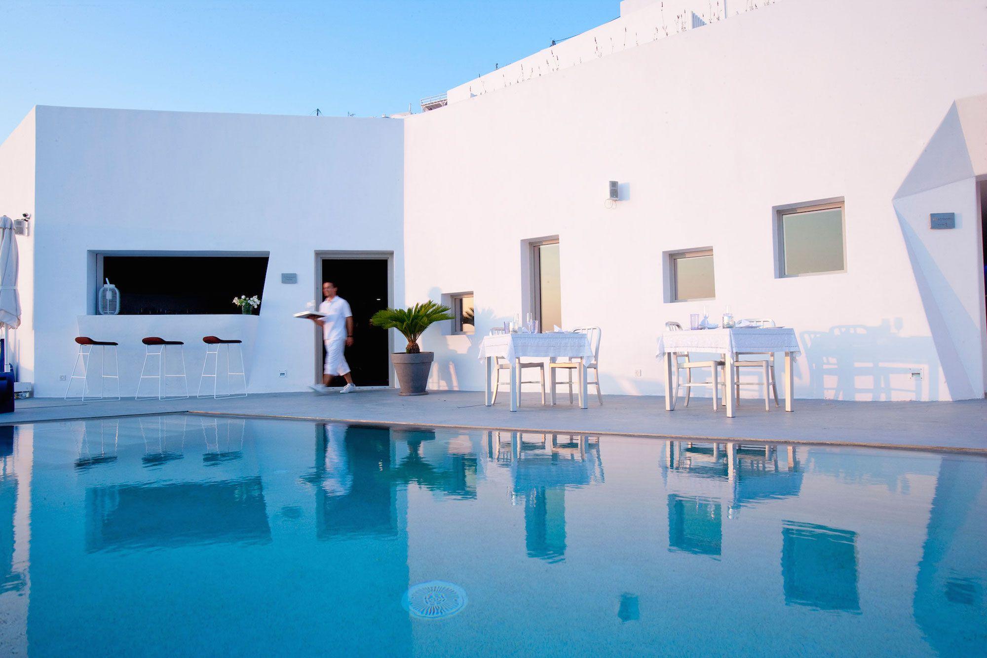 Grace-Santorini-Hotel-12