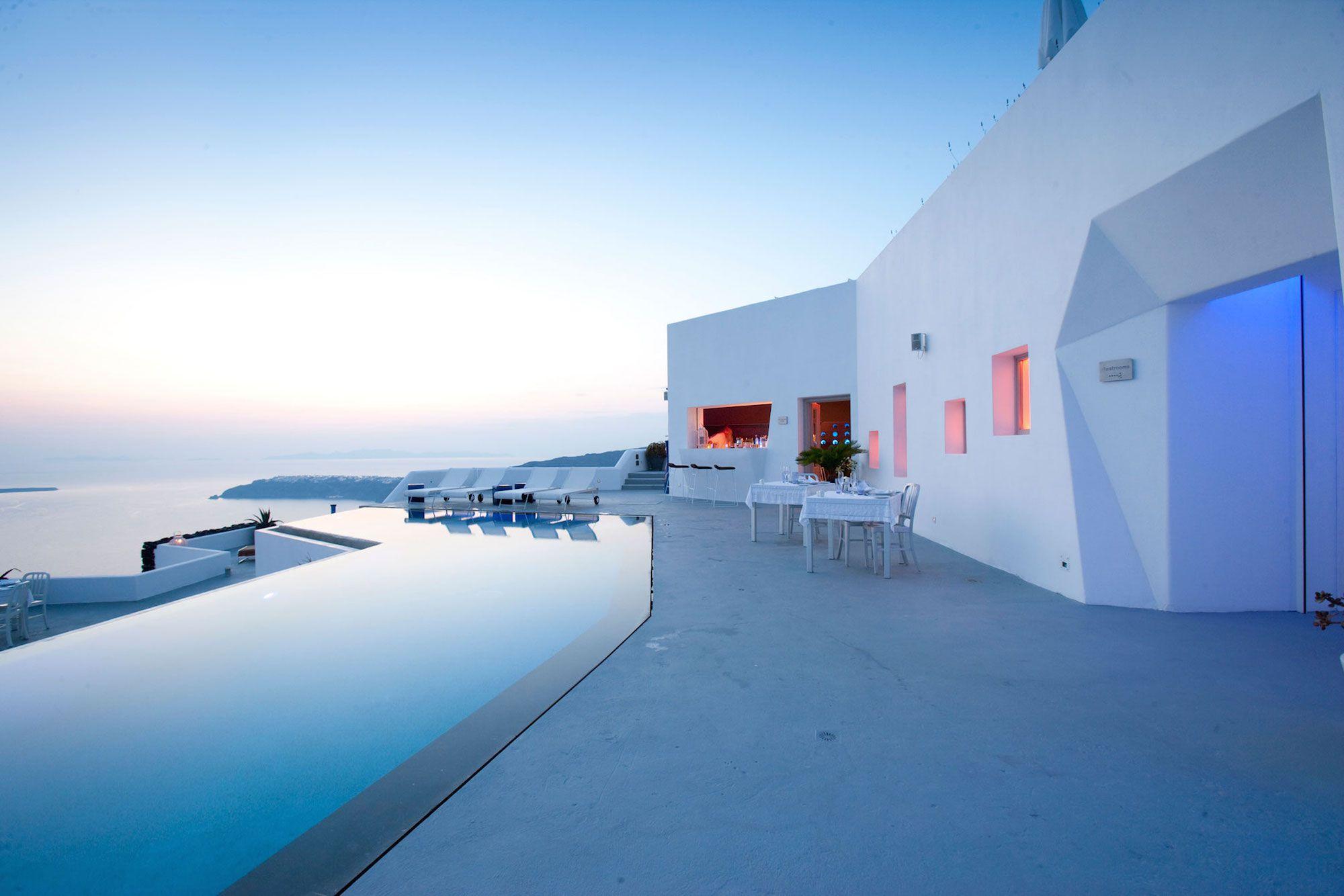 Grace-Santorini-Hotel-13