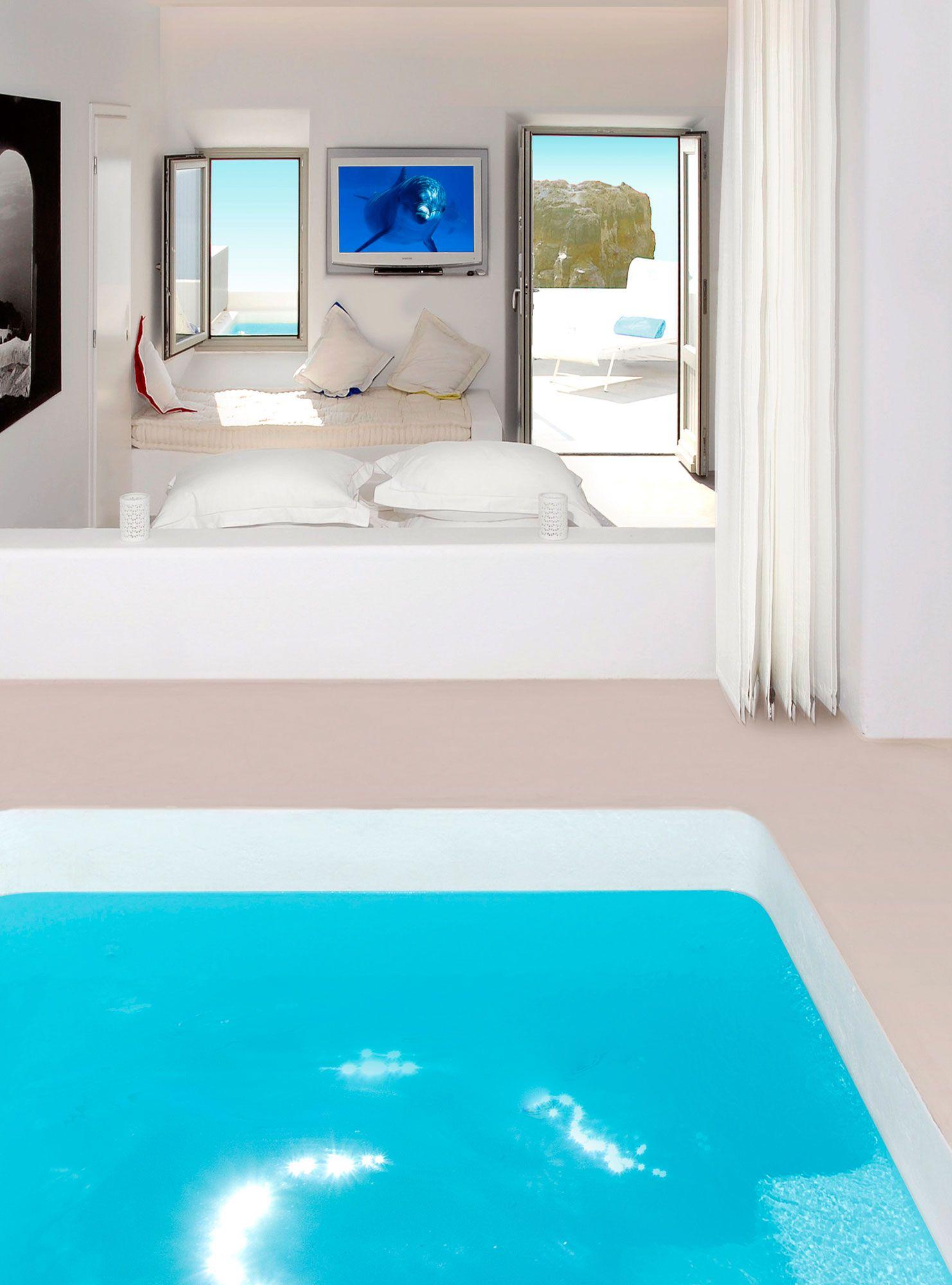 Grace-Santorini-Hotel-40