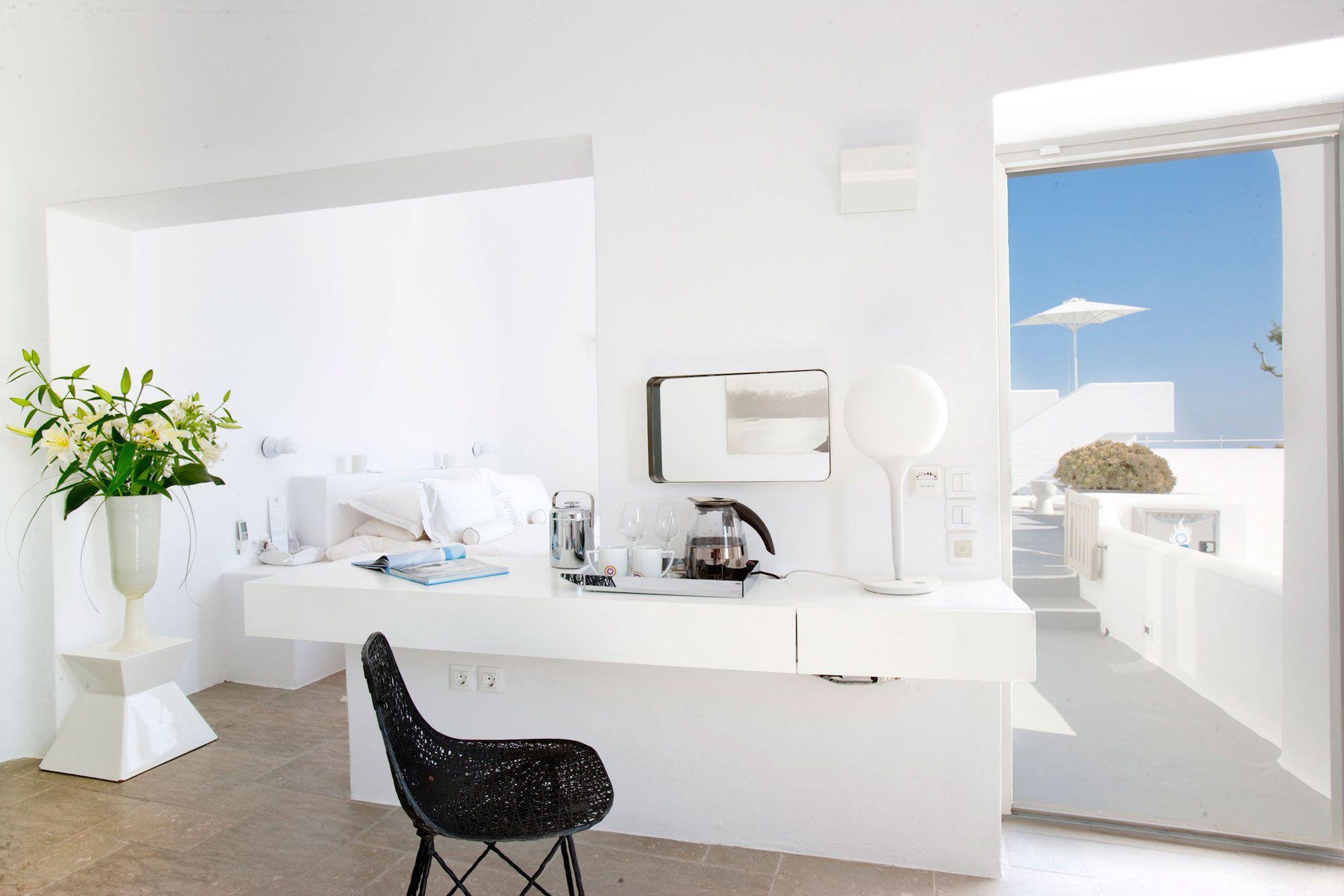 Grace-Santorini-Hotel-41-2