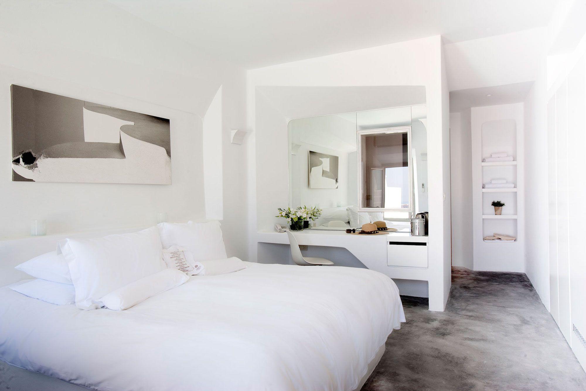 Grace-Santorini-Hotel-52
