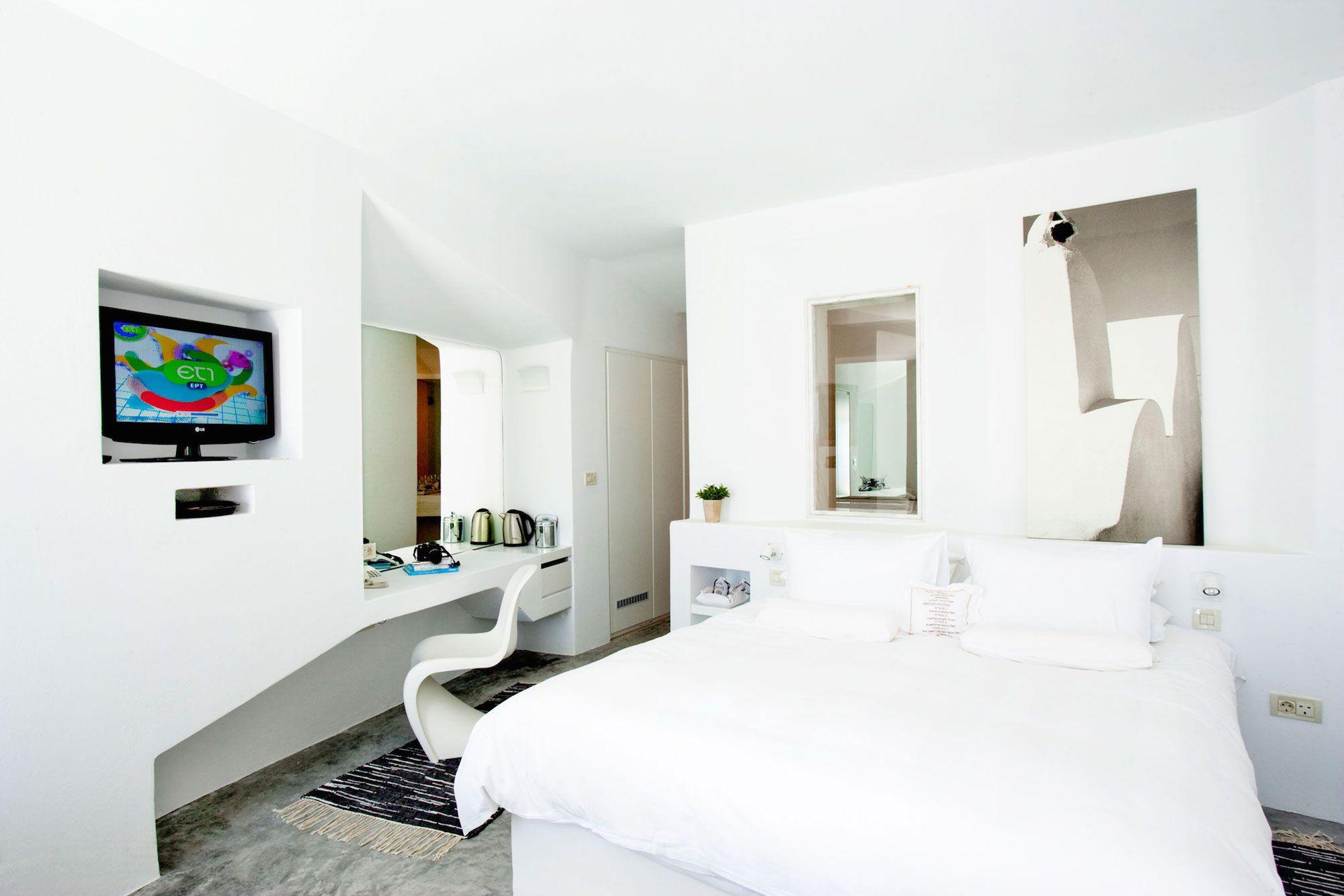 Grace-Santorini-Hotel-53
