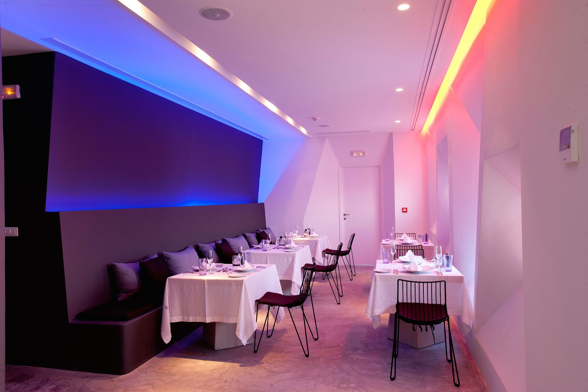 Grace-Santorini-Hotel-61
