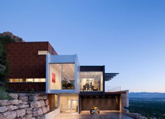 H House by Axis Architects