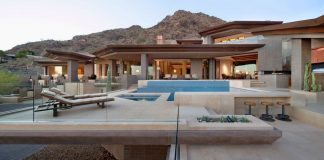 Home in Paradise Valley by Swaback Partners and David Michael Miller Associates