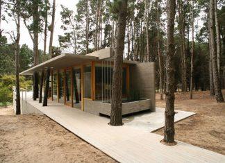 House Among Trees by Martin Fernandez de Lema and Nicolas Moreno Deutsch