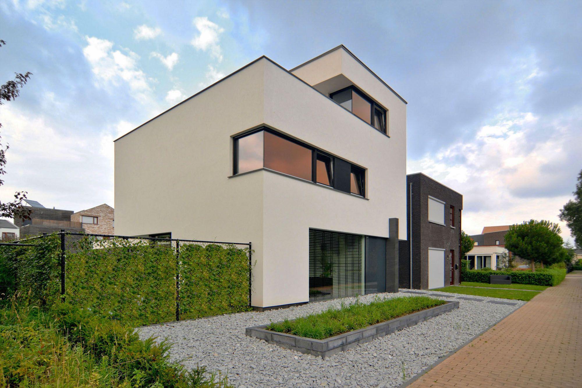 House-K-N-04