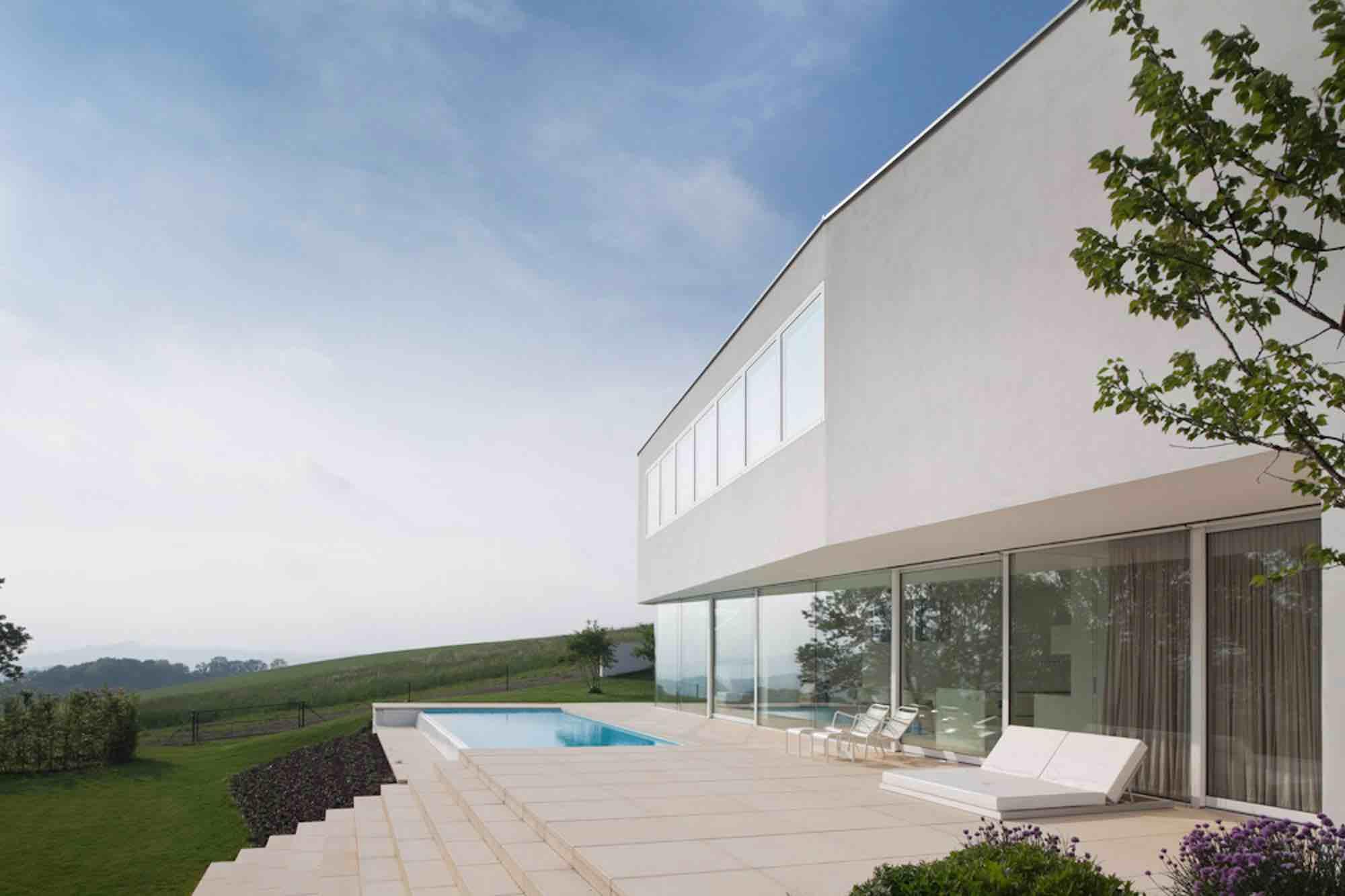 House-L-00a