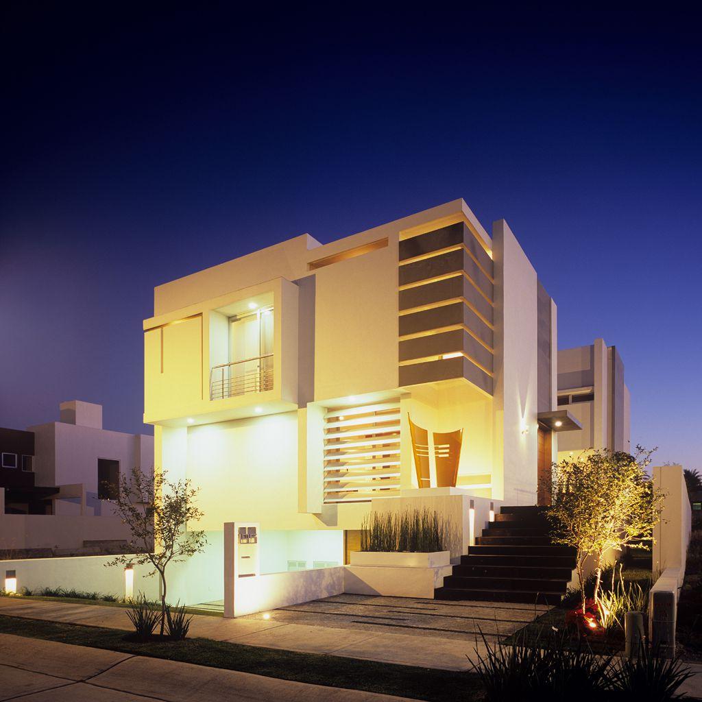 PC House by Agraz Arquitectos