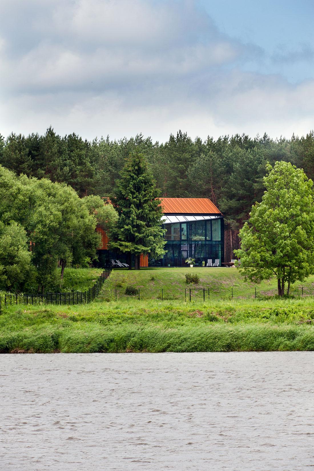 House-Woods-Kaunas-01