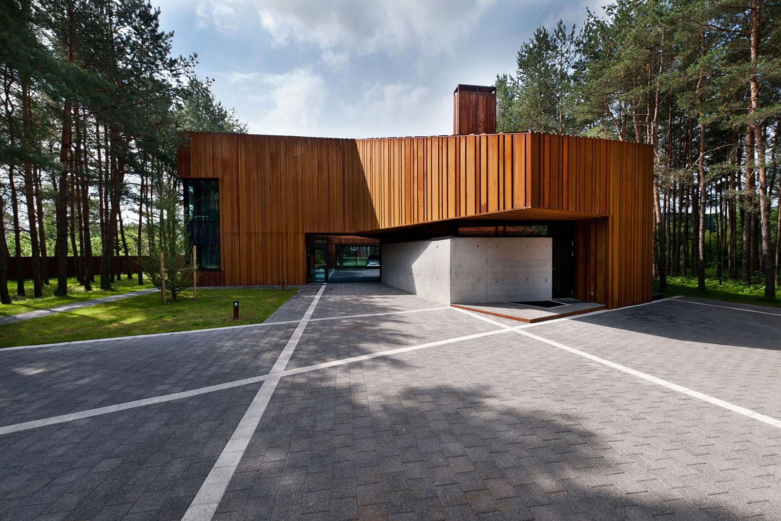 House-Woods-Kaunas-05
