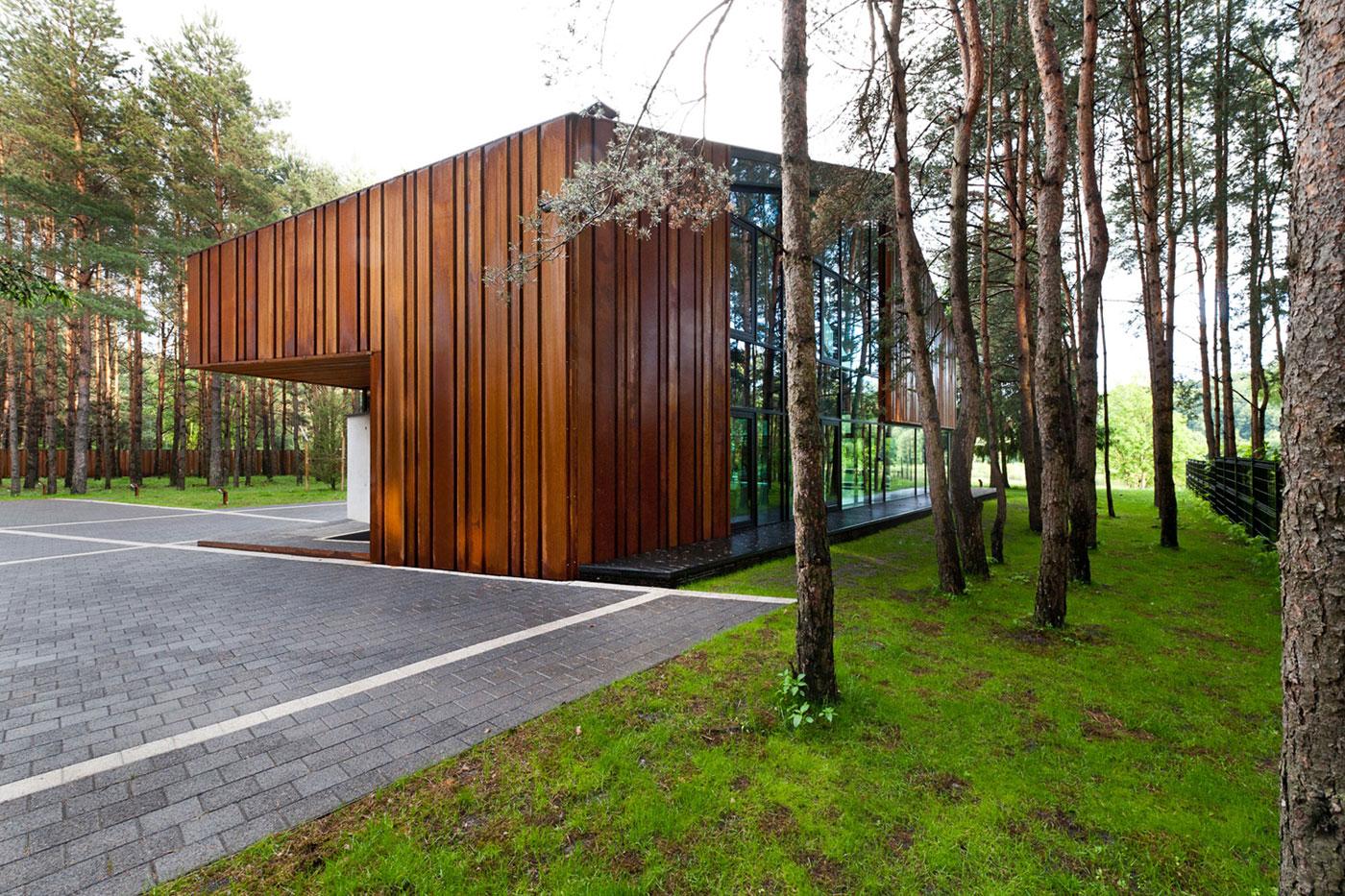 House-Woods-Kaunas-08