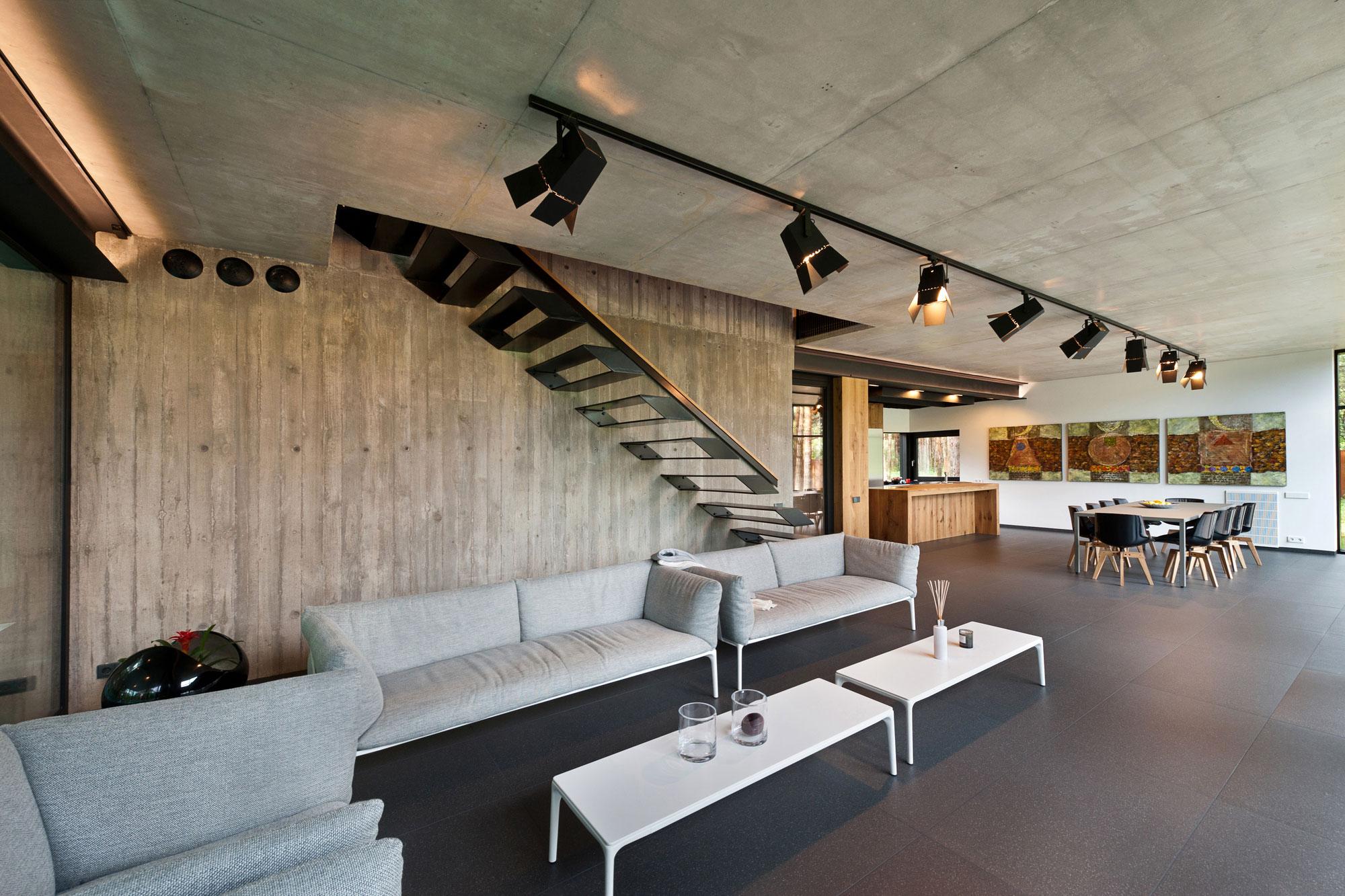 House-Woods-Kaunas-11