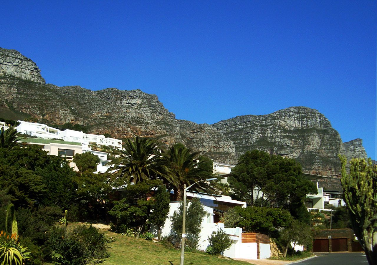 House-in-Camps-Bay-00-2