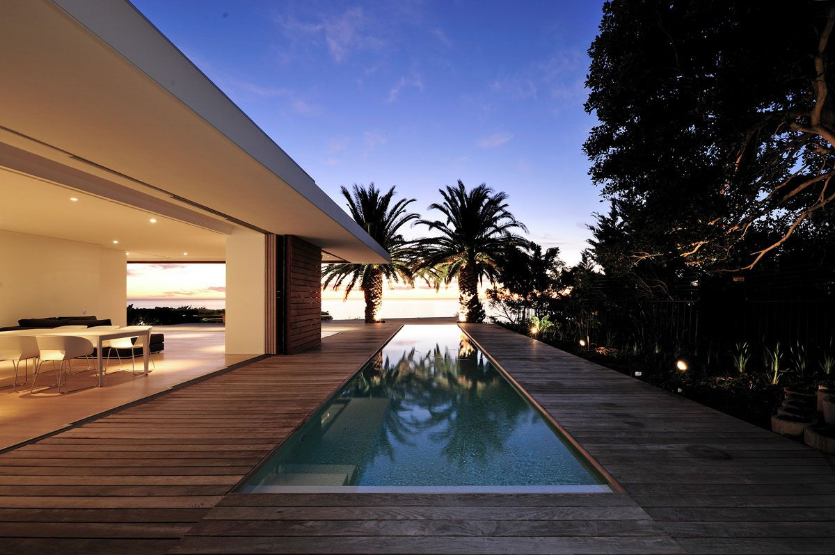 House-in-Camps-Bay-01-2